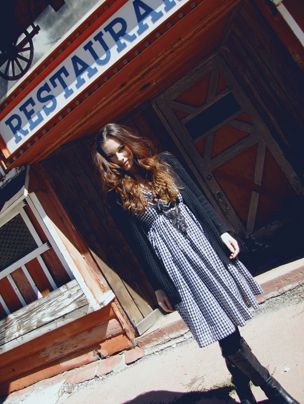 Lauren Elaine, Fawnskin Lodge, Big Bear, gingham dress