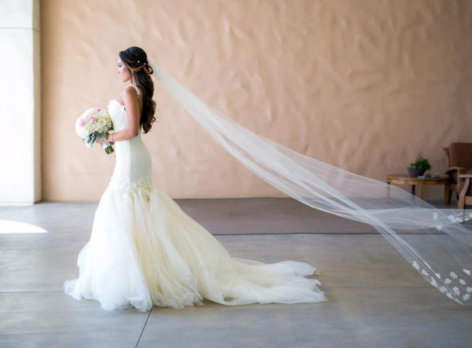 Lauren Elaine Bridal - Lauren Elaine Aurelia Gown with Veil