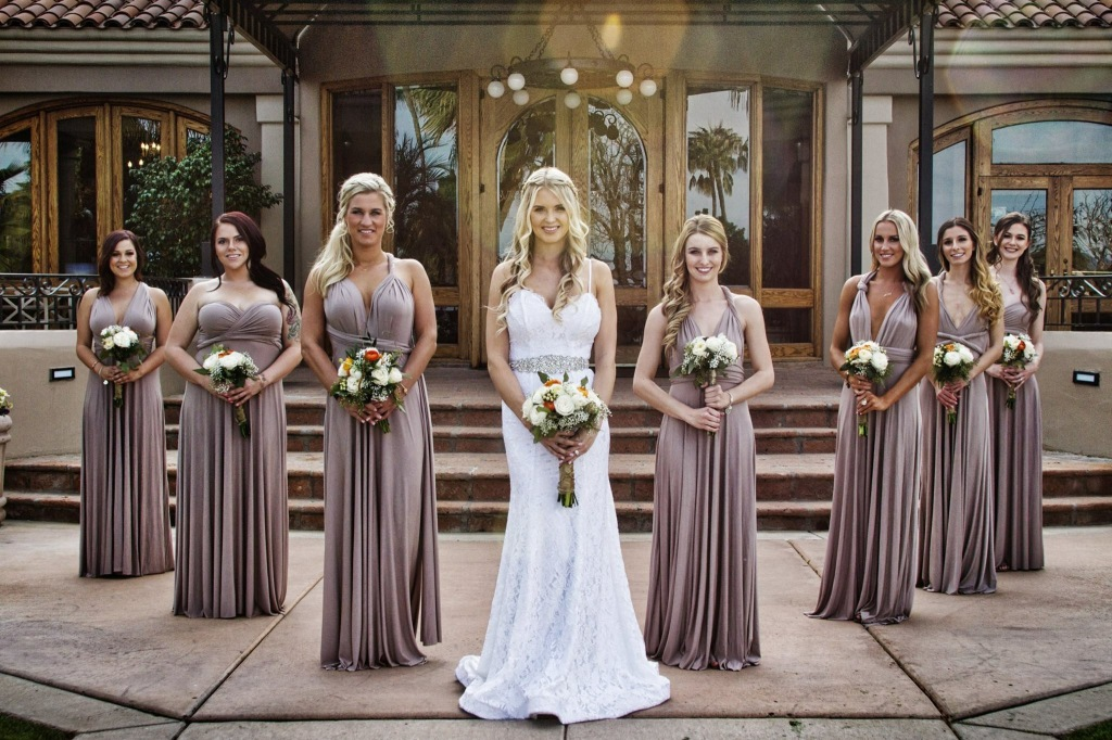 Alyssa_Seals_Lauren_Elaine_Isla_Wedding_Gown
