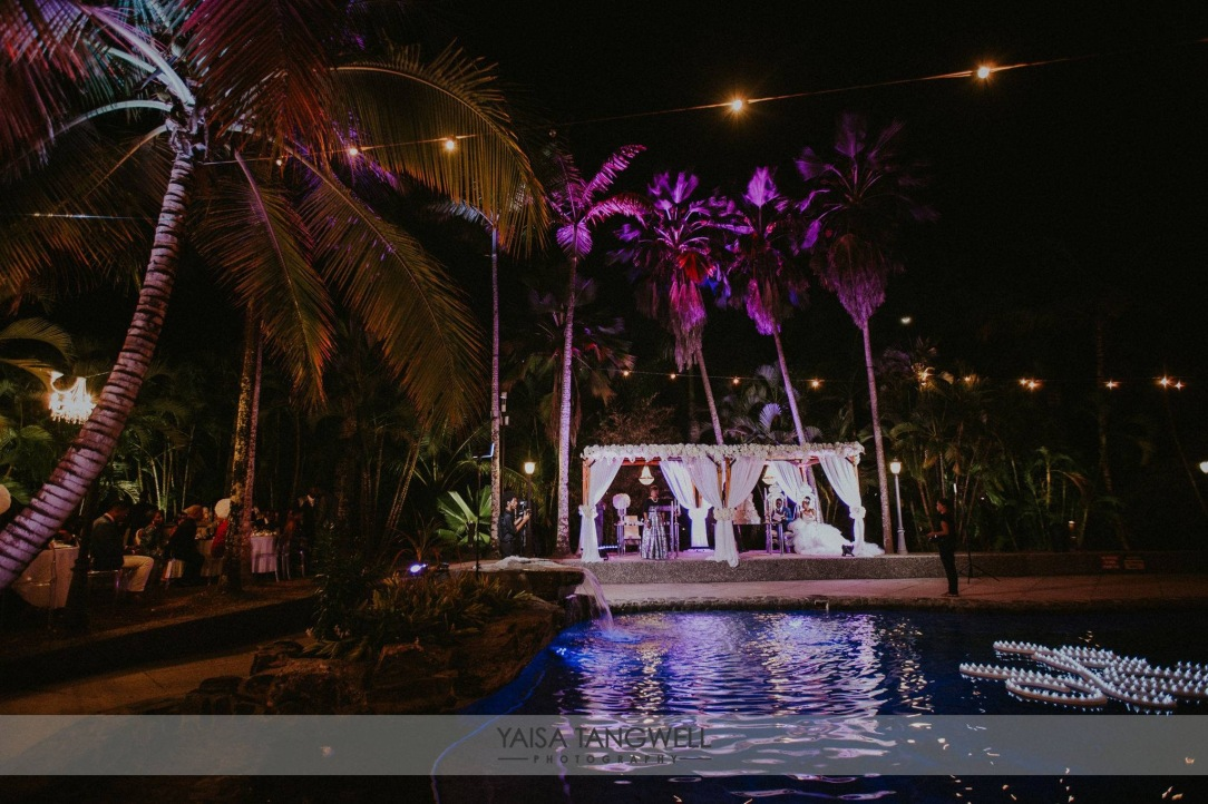 Grand and elegant trinidad and tobago carnival themed wedding