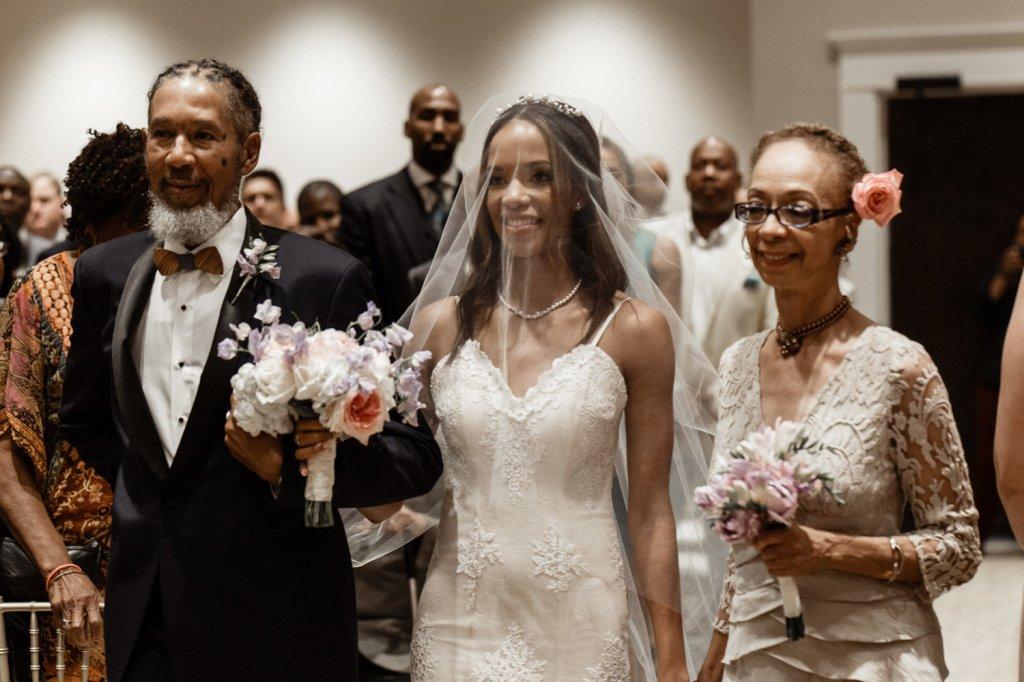 Louisiana bride Harmony in Lauren Elaine Arabelle mermaid wedding dress