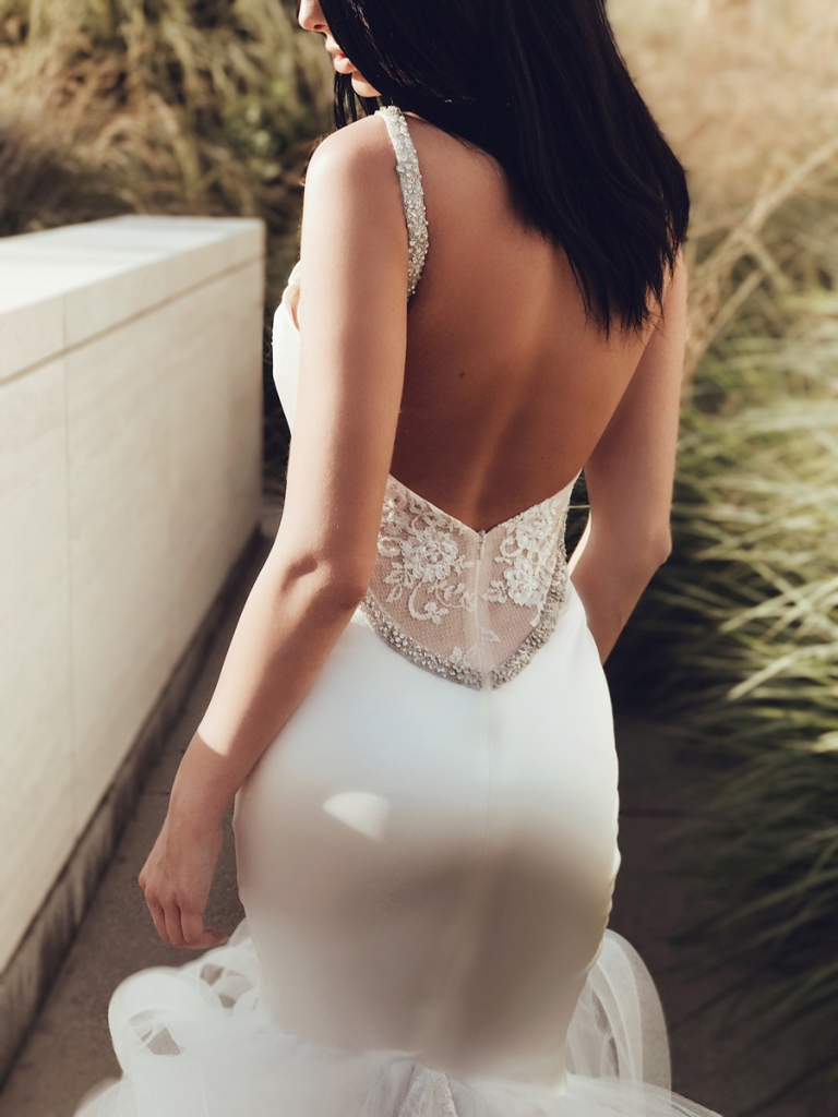 Lauren Elaine Epiphany wedding dress back details